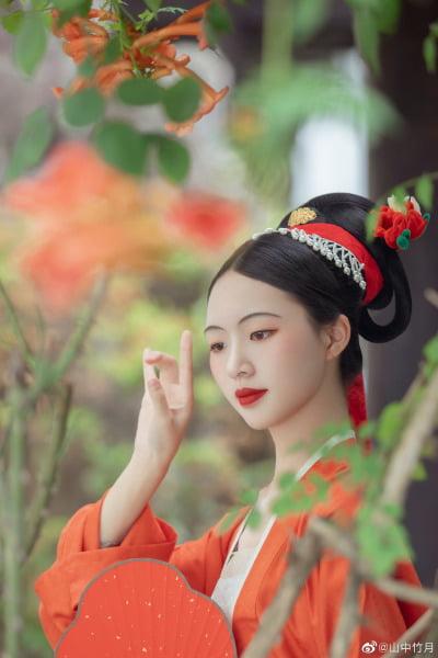 Berbagai Model Baju Han (Hanfu) Tionghoa